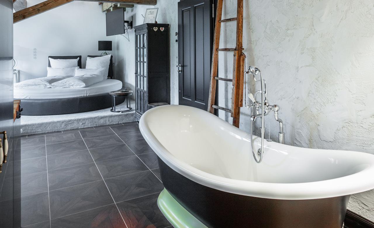 Wohnraum-Sanierung – Säge: Gästezimmer